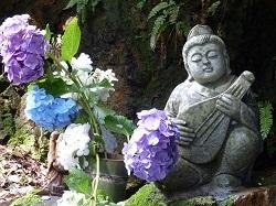 弁才天の石像.jpg