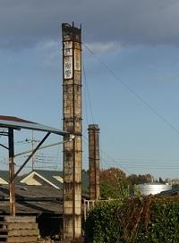 葛生陶管の煙突.jpg