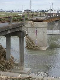 諏訪橋(2019年10月)流出.jpg