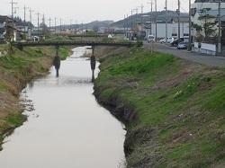 赤津川分水路4.jpg